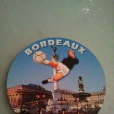 Coleccionismo deportivo: POSTAL REDONDA BORDEAUX BURDEOS SEDE MUNDIAL FRANCIA 98. Lote 28653841
