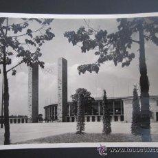 Coleccionismo deportivo: OLIMPIADA BERLÍN 1936. POSTAL ORIGINAL CIRCULADA. ALEMANIA . ESTADIO OLÍMPICO. Lote 51795110