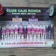 Coleccionismo deportivo: POSTER CAJA DE RONDA DE BALONCESTO MALAGA TEMPORADA 1989 1990 89 90 ARLAUKAS VECINA PESQUERA. Lote 58184460