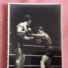 Coleccionismo deportivo: FOTOGRAFÍA FORMATO POSTAL. BOXEO. BOXEADOR CON AUTÓGRAFO. MANUEL NATAL ???. Lote 96821875