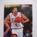 Coleccionismo deportivo: POSTAL JUGADOR TAU CERAMICA BASKONIA VITORIA BASKET. LUIS SCOLA. BALONCESTO. TDKP12. Lote 98139819
