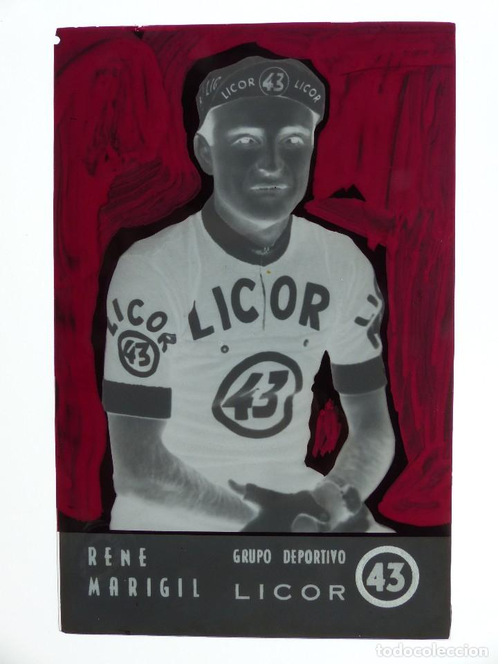 Coleccionismo deportivo: RENE MARIGIL, LICOR 43 CICLISMO, CLICHE ORIGINAL, NEGATIVO EN CELULOIDE - ED. ARRIBAS - Foto 2 - 130188771