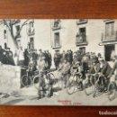 Coleccionismo deportivo: POSTAL DE MONTSERRAT ( BARCELONA ) - GRUPO DE CICLISTAS . Lote 142806590