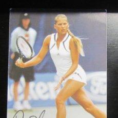 Coleccionismo deportivo: POSTAL PUBLICIDAD TENIS ANNA KOURNIKOVA FIRMADA AUTOGRAFO. Lote 168337032