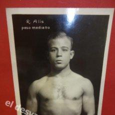 Coleccionismo deportivo: RICARDO ALIS. BOXEADOR VALENCIANO AÑOS 1930S. POSTAL FOTOGRÁFICA ORIGINAL. Lote 168917288