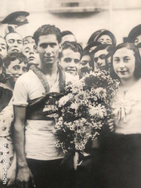 Coleccionismo deportivo: POSTAL FOTOGRÁFICA UNIÓ CICLISTA SANS 1920'S. - Foto 2 - 196474552