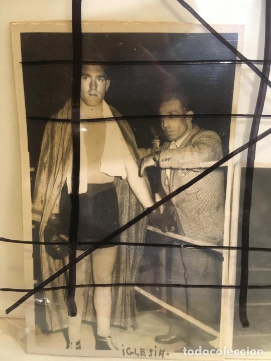 Coleccionismo deportivo: 2 fotos de boxeador con nombre de Luciano Iglesias Lucas,Santurce ,Vizcaya,año 1954.nic - Foto 2 - 205667971
