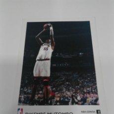 Coleccionismo deportivo: POSTAL NBA DIKEMBE MUTOMBO PHILADELPHIA 76 ERS.. Lote 207291263