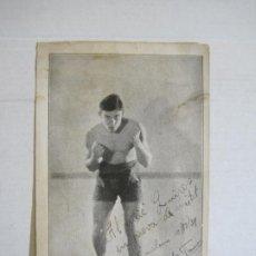 Coleccionismo deportivo: BOXEO-SALVADOR ??-POSTAL GIGANTE FIRMADA-VER FOTOS-(K-737). Lote 221805326
