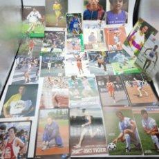 Coleccionismo deportivo: LOTE DE ANTIGUAS FOTOS IMÁGENES Y POSTALES DE DEPORTISTAS. Lote 236071960