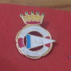 Coleccionismo deportivo: PINS DE CLUD NÁUTICOS. AD CLUD NAUTICO L. ESBASETES. ALICANTE. Lote 246442770