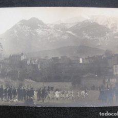 Coleccionismo deportivo: PARTIDO DE RUGBY-S.V.P. CONTRE R.C.P.-AÑO 1920-FOTOGRAFICA-POSTAL ANTIGUA-(79.305). Lote 252360300