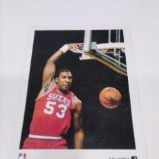 Coleccionismo deportivo: POSTAL NBA DARRYL DAWKINS - SIXERS.. Lote 269222403