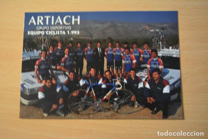 POSTAL DEL EQUIPO CICLISTA ARTIACH 1993 (Coleccionismo Deportivo - Postales de otros Deportes )