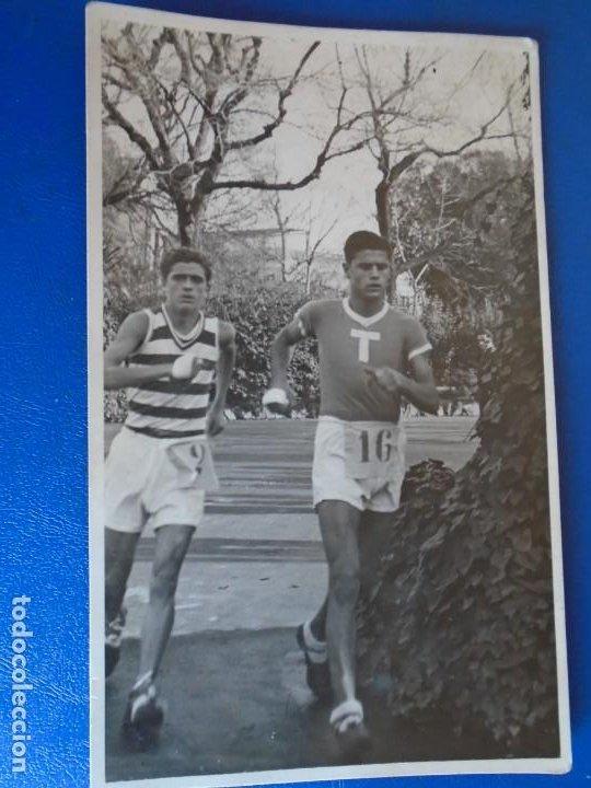 Coleccionismo deportivo: (F-210913)CARNET,13 POSTALES FOTOGRAFICAS Y 4 FOTOS DEL ATLETA DE CROSS JOSEP GONZALEZ AÑOS 30 - Foto 11 - 288378473