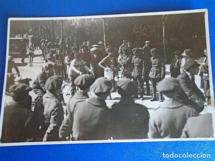 Coleccionismo deportivo: (F-210913)CARNET,13 POSTALES FOTOGRAFICAS Y 4 FOTOS DEL ATLETA DE CROSS JOSEP GONZALEZ AÑOS 30 - Foto 19 - 288378473