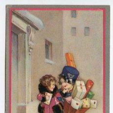 Postales: NIÑO VESTIDO DE CARTERO, REPARTIENDO CORRESPONDENCIA. CORREOS. FABRICACIÓN ITALIANA. ESCRITA EN 1933. Lote 25919124
