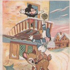 Postales: DONALD SOBRE BAMBI DANDO UN TREBOL A MICKEY - AÑO 1956 -. Lote 16676214