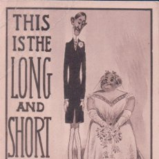 Postales: POSTAL CARICATURA DE NOVIOS - THIS IS THE LONG AND SHORT OF IT . Lote 78448873