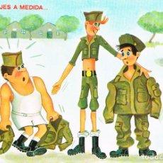 Postales: EL REPARTO DE UNIFORMES EN EL CUARTEL. Lote 137319794