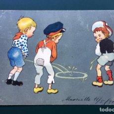 Postales: POSTAL FRANCESA CARICATURA COSTUMBRISTA NIÑOS HACIENDO PIS INICIOS SIGLO XX. Lote 138683118