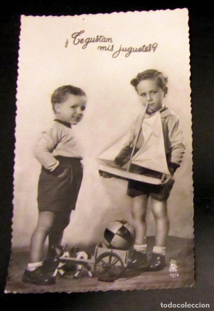 POSTAL ANTIGUA ESPAÑA POST CARD NIÑOS JUGUETES ANTIGUOS 1953 (Postales - Dibujos y Caricaturas)