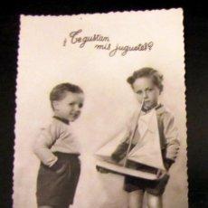Postales: POSTAL ANTIGUA ESPAÑA POST CARD NIÑOS JUGUETES ANTIGUOS 1953. Lote 156771330