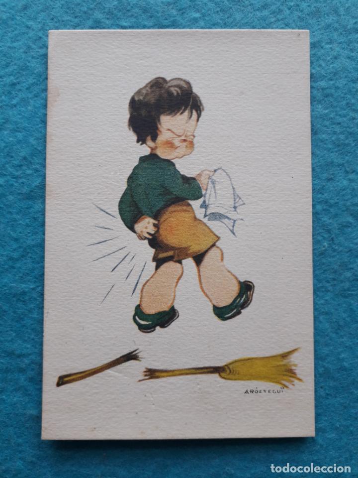 CARICATURA DE NIÑO CON ESCOBA POR ARÓZTEGUI. (Postales - Dibujos y Caricaturas)