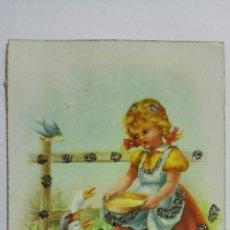Postales: POSTAL, FELICIDADES, NIÑA DANDO DE COMER A LOS PATOS, AÑO 1951, EDICIONES C.Y Z. Lote 171601277
