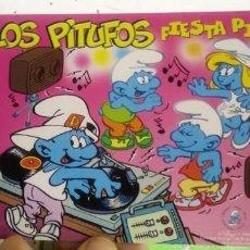 Postales: POSTAL LOS PITUFOS FIESTA PITUFA PEYO 2001. Lote 191080991
