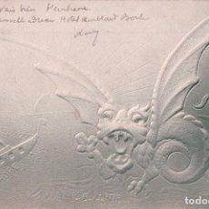 Postales: POSTAL EN RELIEVE DEL DRAGO ASIATICO SE COME EUROPA. VER EN DETALLE. CIRCULADA 1904. Lote 62532992
