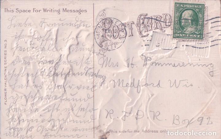 Postales: POSTAL SAN VALENTIN.- FLORES ROJAS Y CORAZON CON POEMA. RELIEVE.FLOWER VALENTINE SERIE Nº3.CIRCULADA - Foto 2 - 76020635