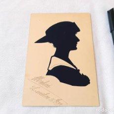 Postales: TARJETA POSTAL CON RETRATO EN SILUETA RECORTADA A MANO. SISTEMA HANDRUP. LONDRES, 1918.. Lote 208996718