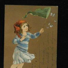 Postales: POSTAL ROMÁNTICA PINTADA *NIÑA CAZANDO MARIPOSAS* CIRCULADA, 1908. Lote 288167563