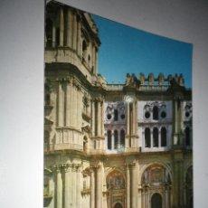Postales: POSTAL MALAGA CATEDRAL PUERTA PRINCIPAL, CIRCULADA AÑOS 60. Lote 41686449