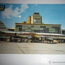 Postales: POSTAL IBERIA AEROPUERTO DE BARAJAS DOUGLAS DC-8 JET, SIN CIRCULAR AÑOS 60. Lote 41716332