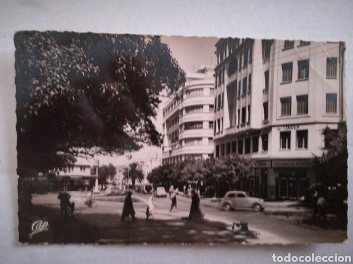 TANGER, LA PLACE DE FRANCE. CIRCULADA 1952. REAL-FOTO. MARRUECOS (Postales - España - Sin Clasificar Moderna (desde 1.940))