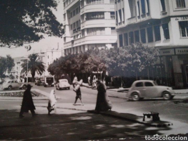 Postales: Tanger, la Place de France. Circulada 1952. Real-Foto. Marruecos - Foto 2 - 107266366