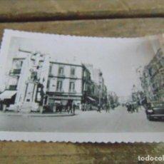 Postales: TARJETA POSTAL MELILLA AVENIDA DEL GENERALISIMO. Lote 118195451