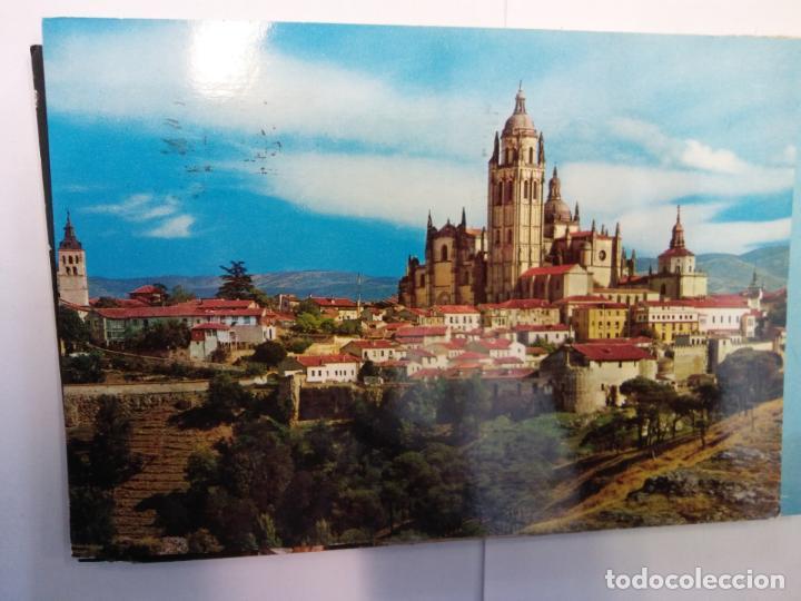 BJS.LINDA POSTAL CATEDRAL Y MURALLAS - SEGOVIA.CIRCULADA.COMPLETA TU COLECCION. (Postales - España - Sin Clasificar Moderna (desde 1.940))
