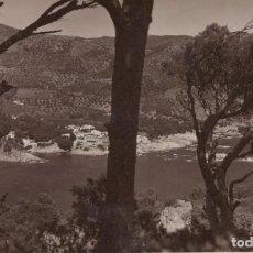 Postales: FOTO POSTAL PUEBLO PAISAJE. Lote 198598946