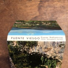 Postales: 23 FOTOS EN ACORDEÓN DE PUENTE VIESCO (CUEVAS PREHISTÓRICAS) 10X7CM. Lote 236095085