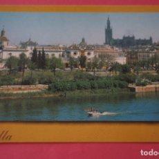 Postais: POSTAL CIRCULADA DE LA CATEDRAL LA GIRALDA PLAZA DE TOROS SEVILLA LOTE 5 MIRAR FOTOS. Lote 266500838
