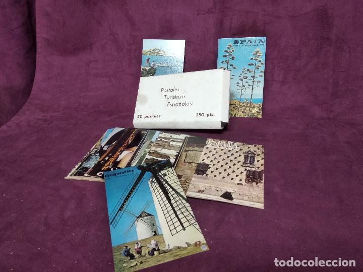 SOBRE CON 50 POSTALES TURÍSTICAS ESPAÑOLAS (Postales - España - Sin Clasificar Moderna (desde 1.940))