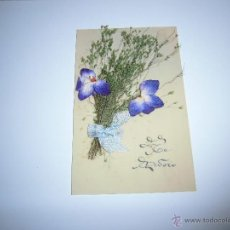 Postales: TE ADORO TARJETA DE CELULOIDE CON FLORES SECAS Y DE TELA . Lote 43011815