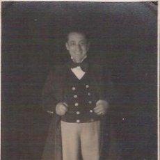 Postales: POSTAL CON LA FOTOGRAFIA DE MARCOS REDONDO, BARITONO, DEDICADA DE PUÑO Y LETRA 1936.. Lote 47157876
