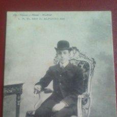 Postales: POSTAL HAUSER Y MENET DE S.M. EL REY ALFONSO XIII (EN TRAJE DE CALLE). Lote 51461436