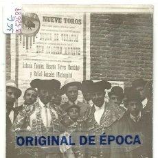 Postales: (PS-52689)POSTAL FOTOGRAFICA DE LOS TOREROS BOMBITA Y MACHAQUITO. Lote 96588791