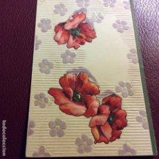 Postales: POSTAL CON RELIEVES Y FLORES BORDADAS B HECHA A MANO. Lote 128285287