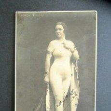 Postales: POSTAL ARTISTA CARMEN TOLOSA. FIRMADA Y DEDICADA. WALERY PARIS.. Lote 171043412